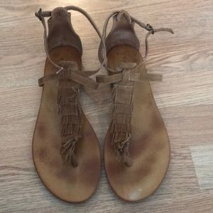 Lucky Brand moccasin sandals